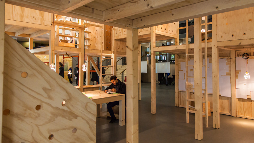Kooperatives Labor Studierender + Atelier Bow-Wow | Photo © Laura Fiorio | Urban Forest (exhibition view)