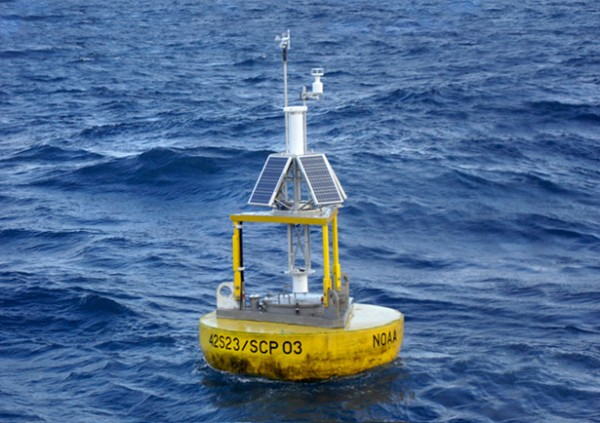 Twitter profile for the bot Subtitle buoy by Gregor Weichbrodt, 2017, @subtitle_buoy | Source: National Data Buoy Center, NOAA.