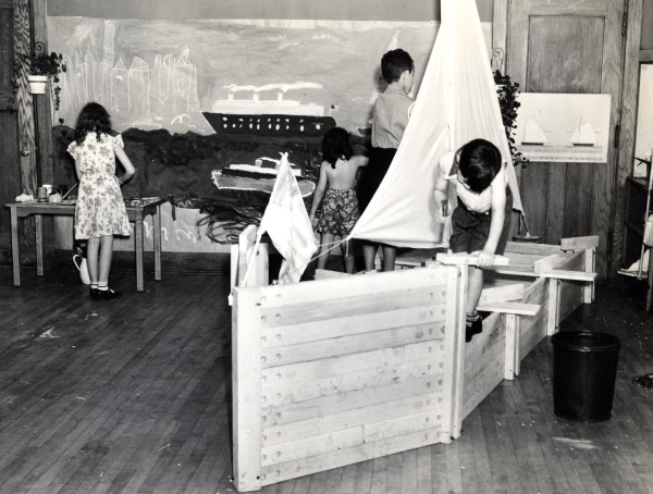 Foto: Lincoln School Of Teachers College. Summer Demonstration. 1938. Courtesy of Teachers College, Columbia University