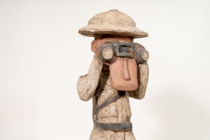 Unknown artist | Colonial soldier with binoculars, Congo, ca. 1980 | Collection Heike Behrend. © Photo: Anita Back/HKW